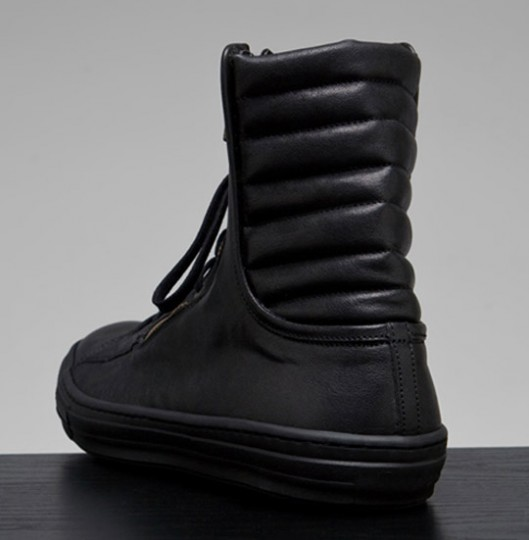 4ca84c0ae67a5d Alexander McQueen High Top Sneakers Fall/Winter 2010 | VEON GALORE